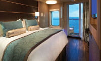 The Haven Deluxe Spa Suite w/Balcony